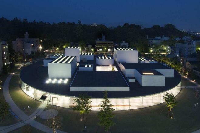 金沢21世紀美術館(石川県)