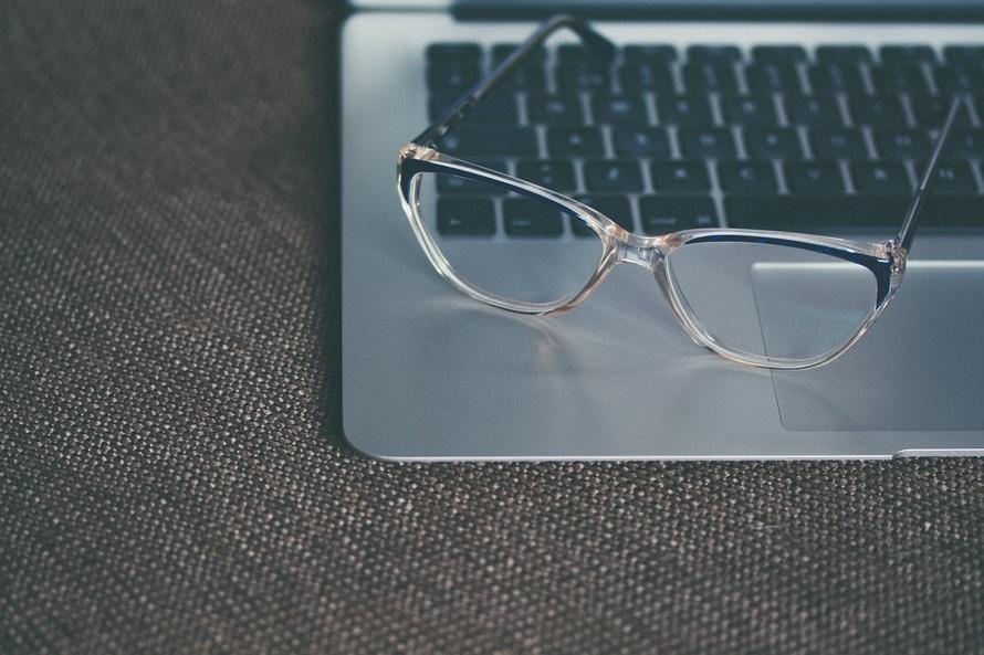 WEBサイト制作・WEBデザインを仕事にする前に知っておきたいいくつかのこと。